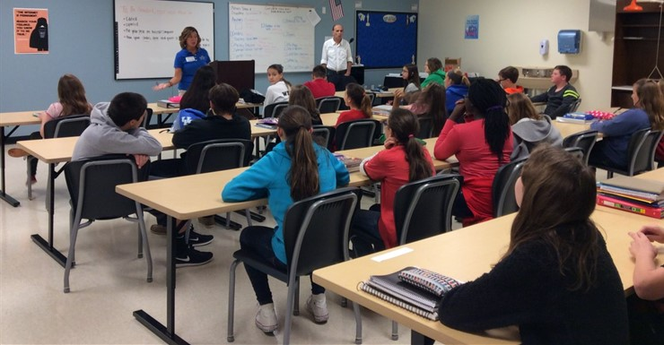 SKCTC reps talk to STLP and technology students about Computer Information Technology