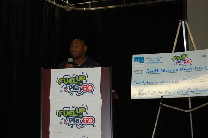 South Warren Middle School was awarded more than $2,000 to help students eat right and promote physical activity by the Southeast United Dairy Industry Association and the NFL's Fuel Up to Play 60