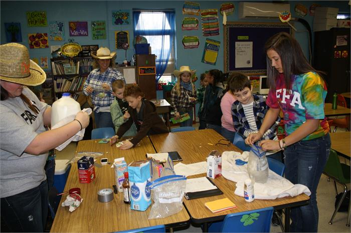 WKU Agriculture students and Warren East High School FFA members worked with North Warren students.