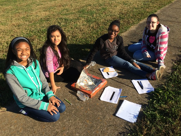 Students make solar ovens & observe energy using s'mores