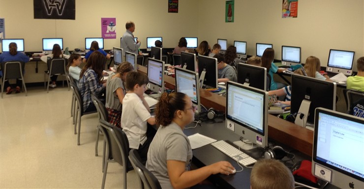 Spartans delve deeper into Digital Citizenship through presentation production and Google Apps.