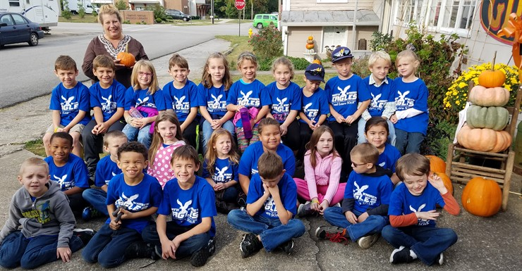 North Warren Students at the Garden Patch on Community Walk Day