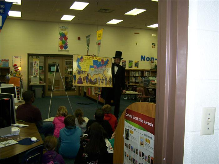 OES Welcomes Abe Lincoln