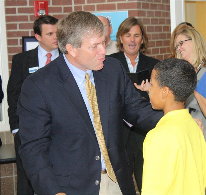Chamber of Commerce visits Briarwood