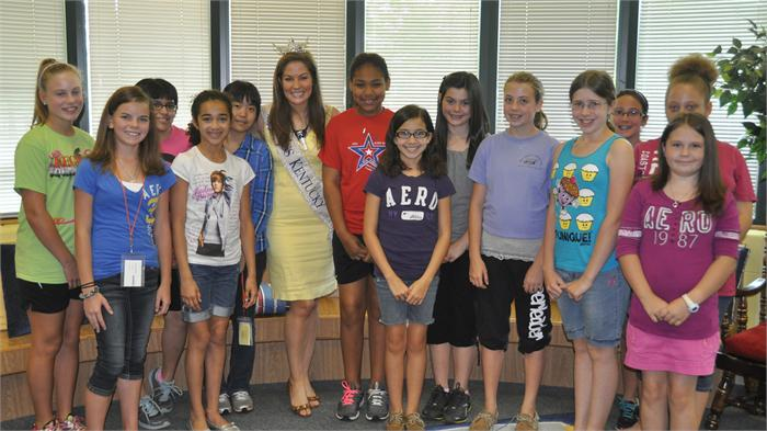Miss KY Visits Natcher